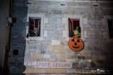 Façade du Fort l'Ecluse durant Halloween